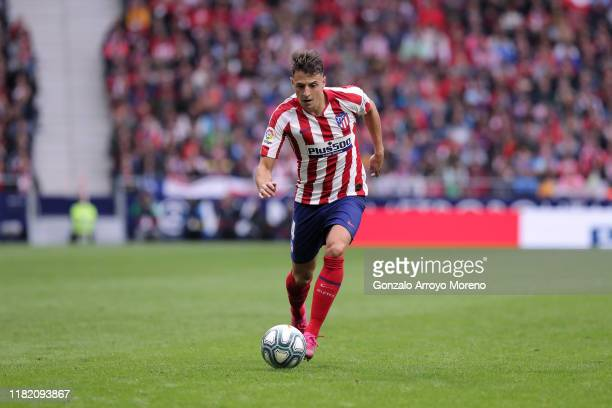 Santiago Arias of Atletico de Madrid controls the ball during the Liga match between Club Atletico de Madrid and Valencia CF at Wanda Metropolitano...