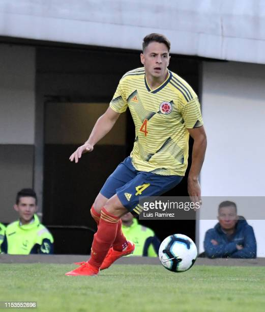 Santiago Arias of Colombia in action, during a friendly match between Colombia and Panama at Estadio El Campin on June 03, 2019 in Bogota, Colombia.