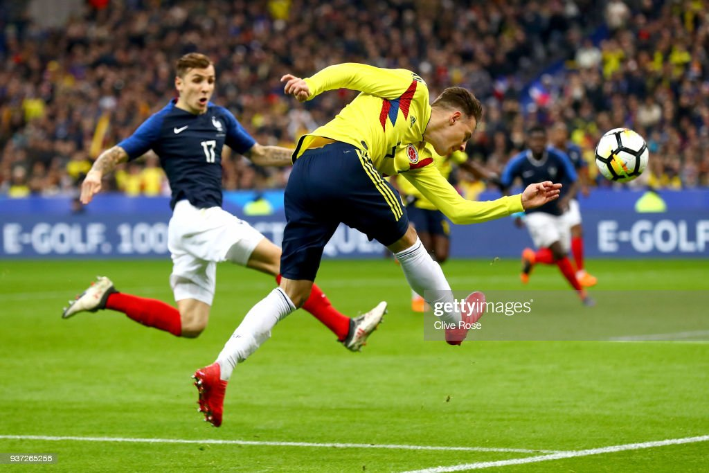 Santiago Arias of Columbia shoots during the International friendly match between France and Columbia at Stade de France on March 23, 2018 in Paris, France..