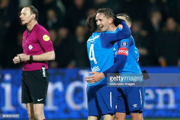 Santiago Arias of PSV celebrates 12 with p4 during the Dutch Eredivisie match between Heracles Almelo v PSV at the Polman Stadium on January 21 2018...