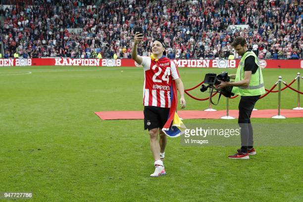 Santiago Arias of PSV during the Dutch Eredivisie match between PSV Eindhoven and Ajax Amsterdam at the Phillips stadium on April 15 2018 in...