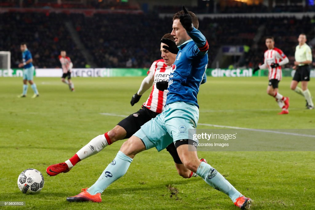 Santiago Arias of PSV, Luigi Bruins of Excelsior during the Dutch Eredivisie match between PSV v Excelsior at the Philips Stadium on February 7, 2018 in Eindhoven Netherlands