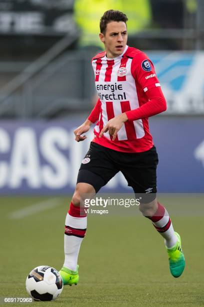 Santiago Arias of PSVduring the Dutch Eredivisie match between ADO Den Haag and PSV Eindhoven at Kyocera stadium on April 15 2017 in The Hague The...