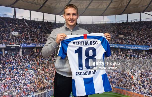 Santiago Ascacibar shows his new Hertha BSC jersey on January 01, 2020 in Berlin, Germany.