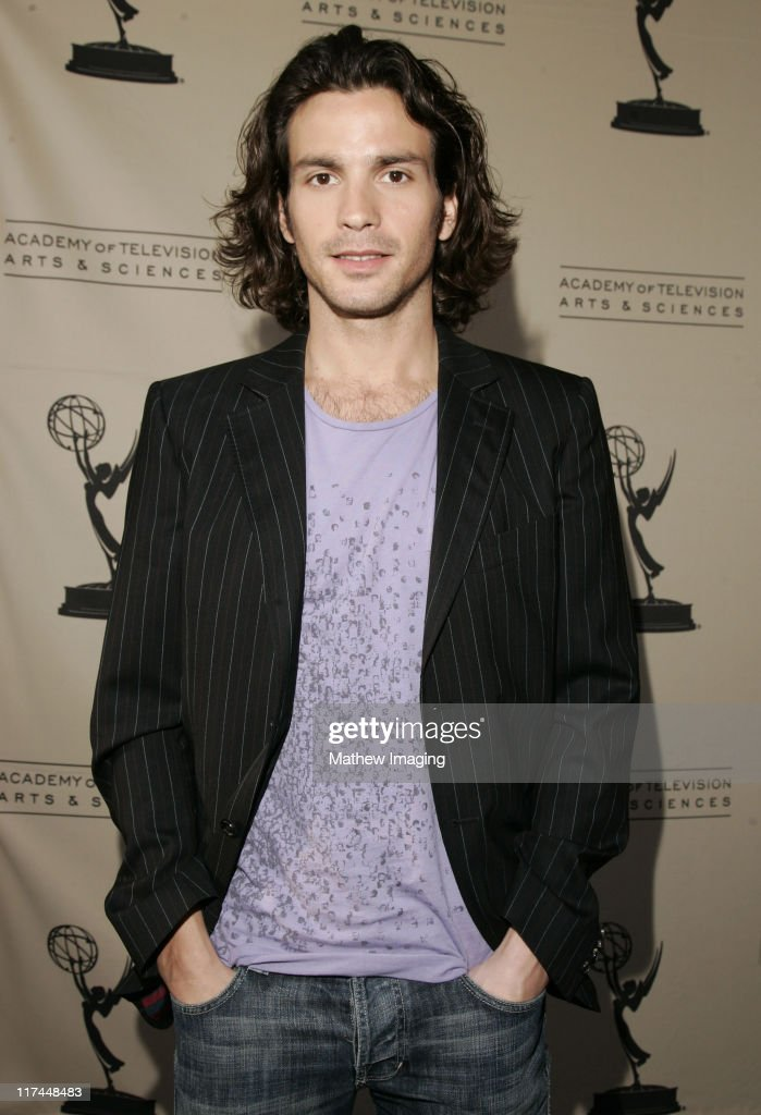 """The Academy of Television Arts and Sciences Presents An Evening with """"Heroes"""" - Red Carpet : News Photo"""