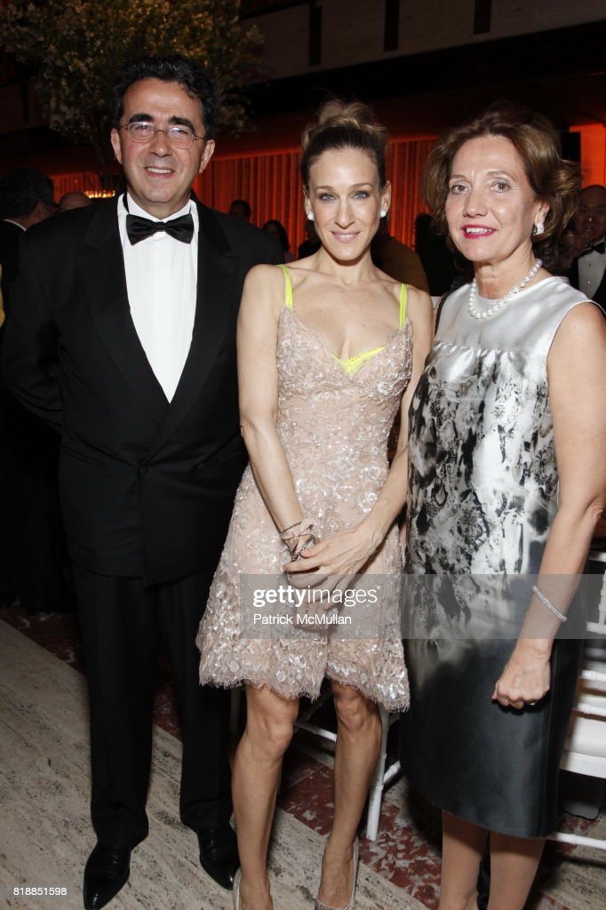 Santiago Calatrava, Sarah Jessica Parker and Robertina Calatrava attend NEW YORK CITY BALLET Spring Gala 2010 Arrivals at Lincoln Center on April 29, 2010 in New York.