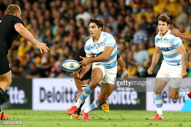 Santiago Carreras of the Pumas passes the ball during The Rugby Championship match between the Argentina Pumas and the New Zealand All Blacks at...