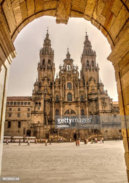 santiago de compostela cathedral, end of the camino de santiago pilgrimage - santiago de compostela stock pictures, royalty-free photos & images