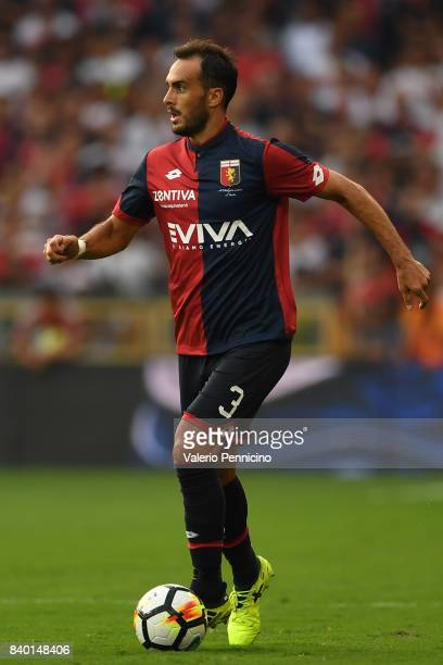 Santiago Gentiletti of Genoa CFC in action during the Serie A match between Genoa CFC and Juventus at Stadio Luigi Ferraris on August 26 2017 in...