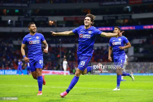 Santiago Gimenez of Cruz Azul celebrate with teammates after scoring the first goal of his team during the semifinals second leg match between Cruz...