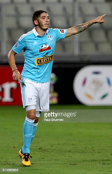 Santiago Silva of Sporting Cristal celebrates the third goal of his team against Huracan during a group stage match between Sporting Cristal and...