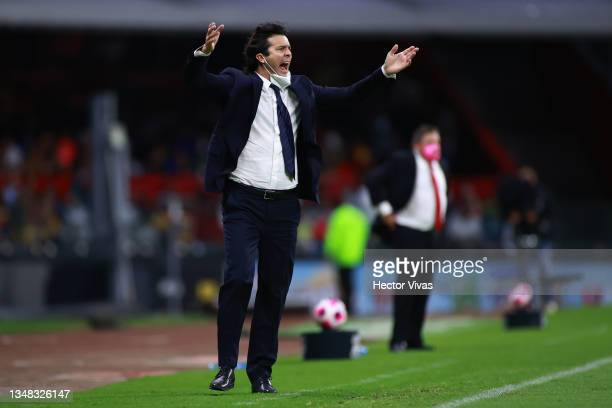 Santiago Solari, head coach of America gives instructions during the 15th round match between America and Tigres UANL as part of the Torneo Grita...