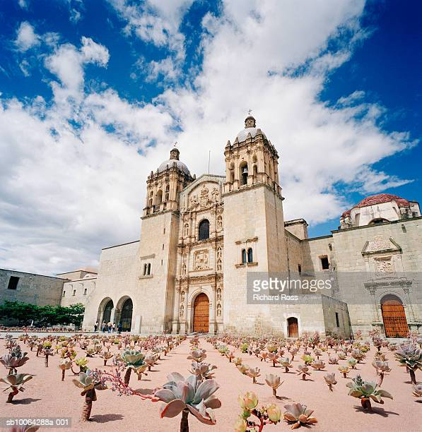 santo domingo church exterior - oaxaca stock pictures, royalty-free photos & images