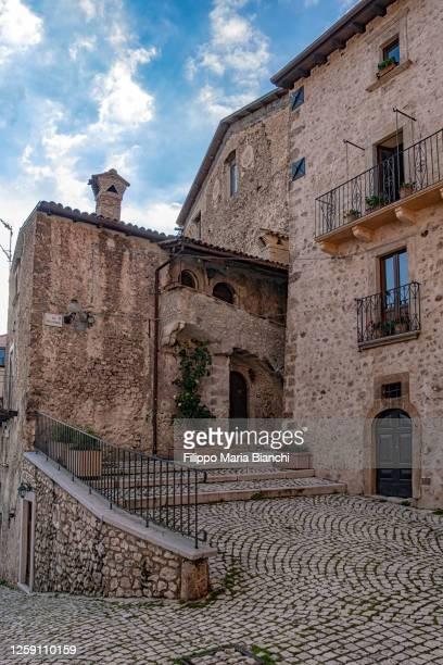 santo stefano di sessanio - l'aquila stock pictures, royalty-free photos & images