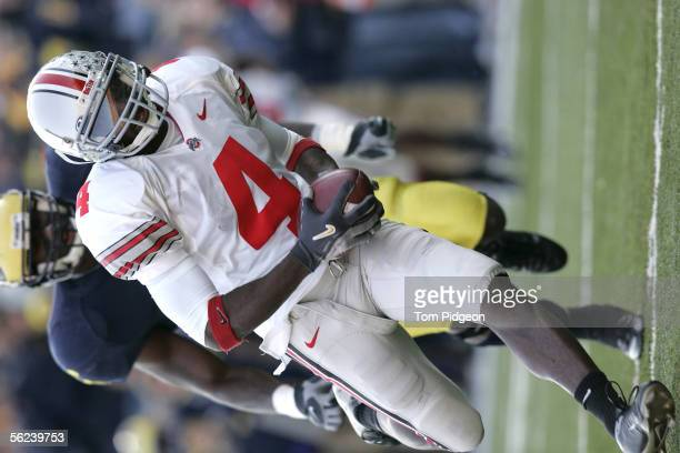 Santonio Holmes of Ohio State runs towards the end zone after a pass reception in the fourth quarter against Michigan on November 19 2005 at Michigan...
