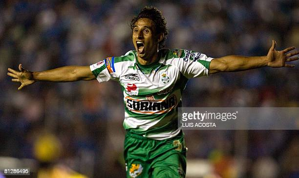 Santos' Fernando Arce celebrate after scoring against Cruz Azul during their first leg Mexican League football final in Mexico City on 29 May 2008...
