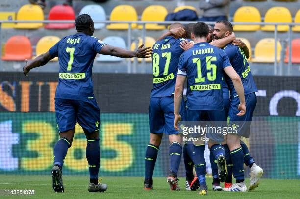 Santos Samir of Udinese celebrate a second goal with his team mates during the Serie A match between Frosinone Calcio and Udinese at Stadio Benito...