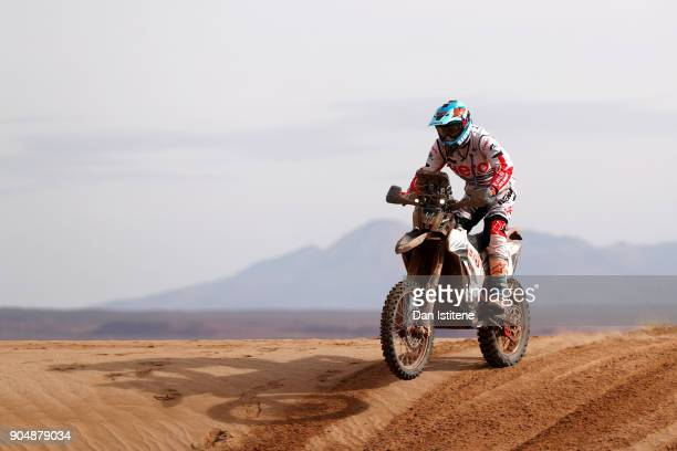 Santosh Chunchunguppe Shivashankar of India and Hero Motorsports rides a 450 Rally Hero bike in the Classe 21 Super Production during stage eight of...
