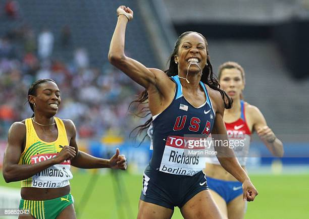 Sanya Richards of United States celebrates winning the gold medal in the women's 400 Metres Final during day four of the 12th IAAF World Athletics...