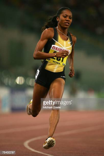 Sanya Richards of USA on her way to winning the women's 400m at the IAAF Golden Gala meeting at the Olympic Stadium on July 13,2007 in Rome,Italy.