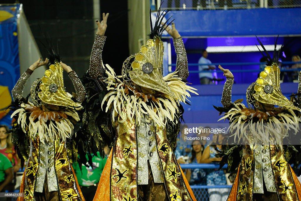 Rio Carnival 2015 - Day 2 : News Photo