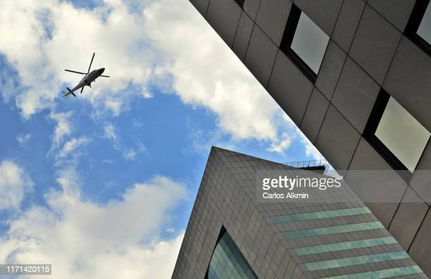 sao paulo, brazil - helicopter flying over modern buildings - carlos alkmin stock pictures, royalty-free photos & images