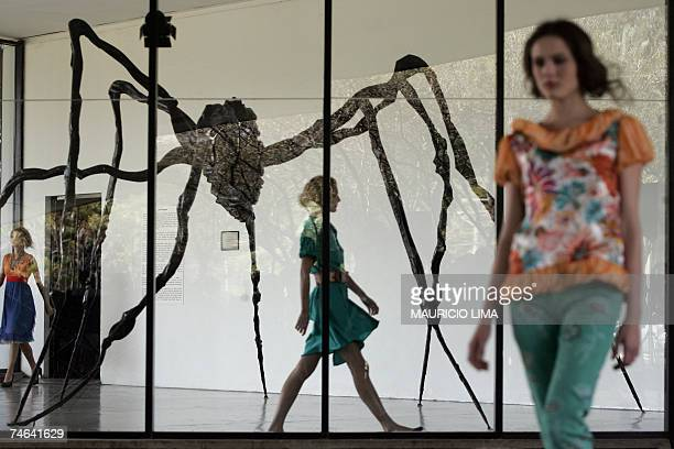 Models present outfits by designer Isabela Capeto at the Museum of Modern Art during 2008 SpringSummer collections of the Sao Paulo Fashion Week in...