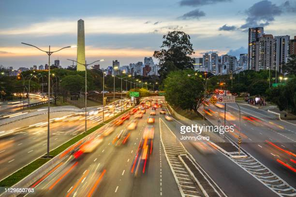 sao paulo urban highway at twilight - avenue stock pictures, royalty-free photos & images