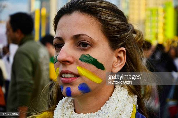 Sao paulo/sp - PASSE LIVRE PROTESTO- CERCA DE 70 MIL MANIFESTANTES SE CONCETRARAM NO LARGO DA BATATA E SAIRAM EM PASSEATA PELA CIDADE. PARTE DOS...