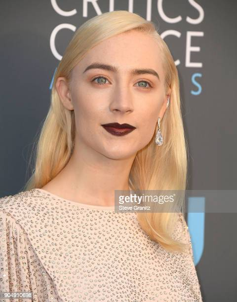 Saoirse Ronan arrives at the The 23rd Annual Critics' Choice Awards at Barker Hangar on January 11 2018 in Santa Monica California
