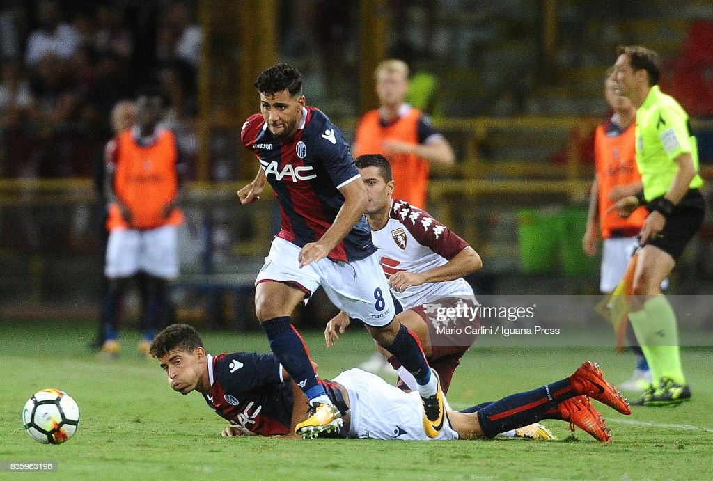 Saphir Taider # 8 of Bologna FC in action during the Serie A match between Bologna FC and Torino FC at Stadio Renato Dall'Ara on August 20, 2017 in Bologna, Italy.