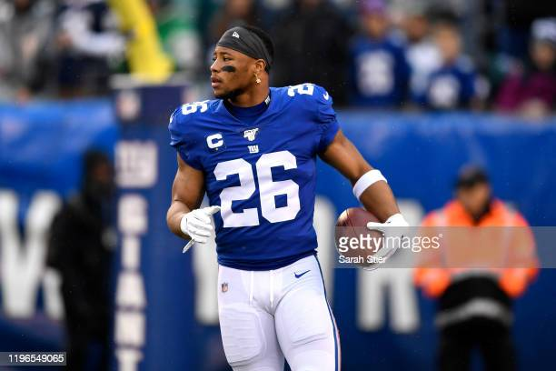 Saquon Barkley of the New York Giants warms up prior to the game against the Philadelphia Eagles at MetLife Stadium on December 29 2019 in East...