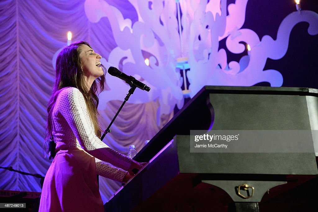 Sara Bareilles performs onstage at The Breast Cancer Foundation's 2014 Hot Pink Party at Waldorf Astoria Hotel on April 28, 2014 in New York City.