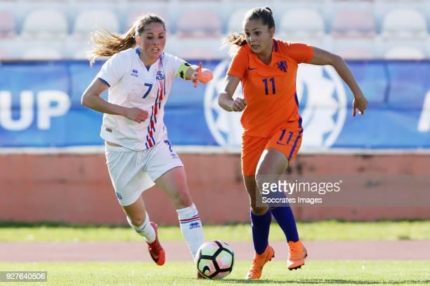 Sara Bjork Gunnarsdottir of Iceland Women Lieke Martens of Holland Women during the Algarve Cup Women match between Iceland v Holland at the Estádio...