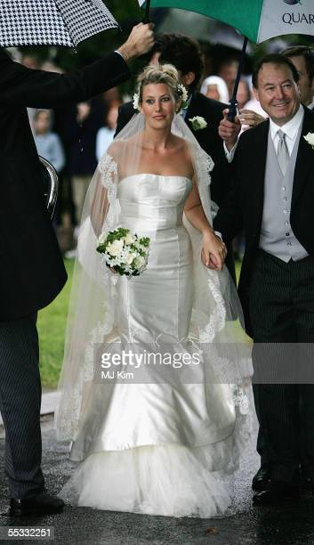 Sara Buys arrives at her wedding to The Duchess of Cornwall's son Tom Parker Bowles at St Nicholas Church HenleyonThames on September 10 2005 in...