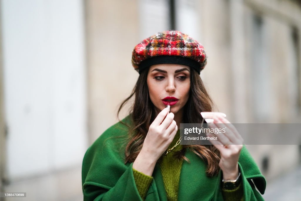 Fashion Photo Session In Paris - November 2020 : Photo d'actualité