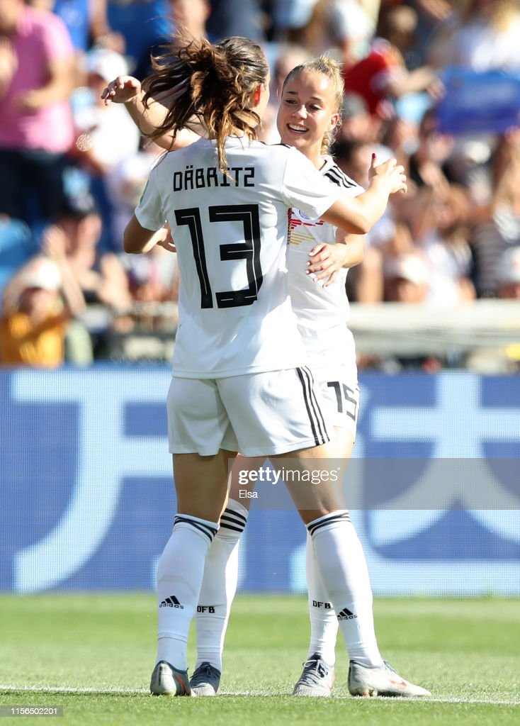 South Africa v Germany: Group B - 2019 FIFA Women's World Cup France : News Photo