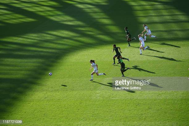 Sara Daebritz of Germany runs with the ball during the 2019 FIFA Women's World Cup France Round Of 16 match between Germany and Nigeria at Stade des...