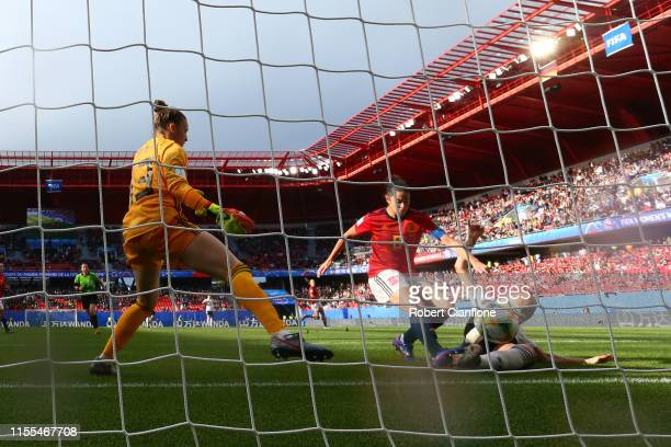 Sara Daebritz of Germany scores her team's first goal past Sandra Panos of Spain during the 2019 FIFA Women's World Cup France group B match between...