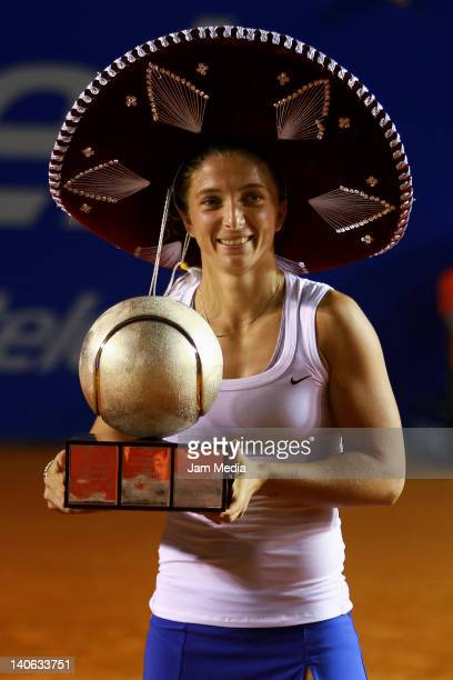 Sara Errani of Italia celebrates during Finals of the 2012 Mexican Open at Princess Hotel on March 3 2012 in Acapulco Mexico