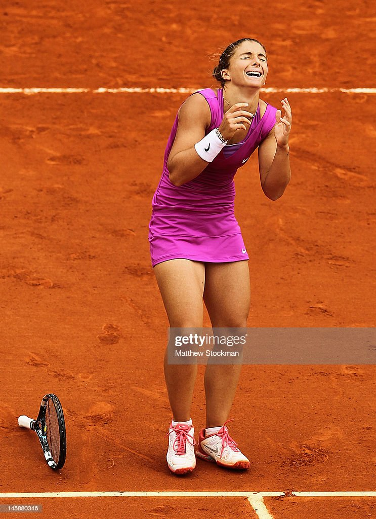 Sara Errani of Italy celebrates victory in her women's semi final match against Samantha Stosur of Australia during day 12 of the French Open at Roland Garros on June 7, 2012 in Paris, France.