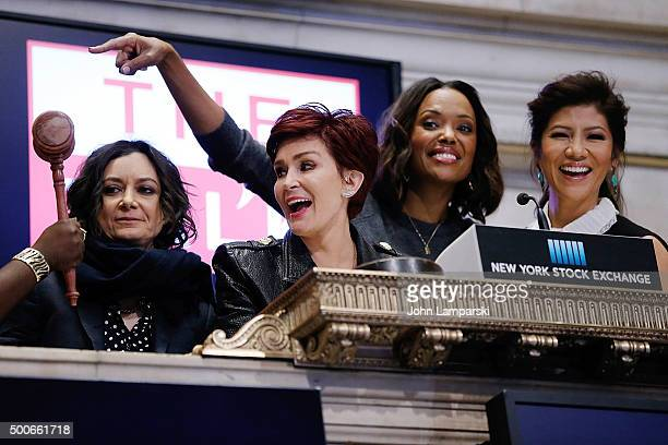 Sara Gilbert Sharon Osbourne Aisha Tyler and Julie Chen of CBS' The Talk ring the closing bell at the New York Stock Exchange on December 9 2015 in...