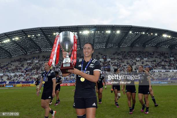 Sara Goss of New Zealand walks with the trophy at the HSBC Paris Sevens, stage of the Rugby Sevens World Series at Stade Jean Bouin on June 10, 2018...