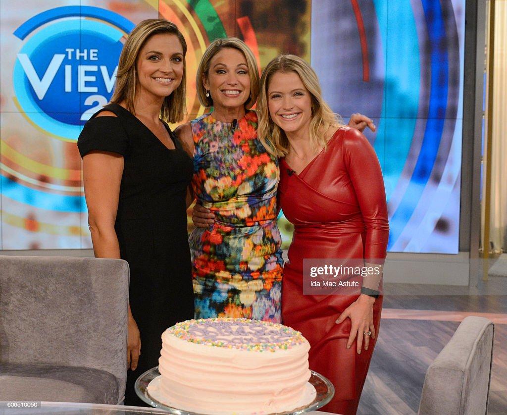 "ABC's ""The View"" - Season 20 : News Photo"