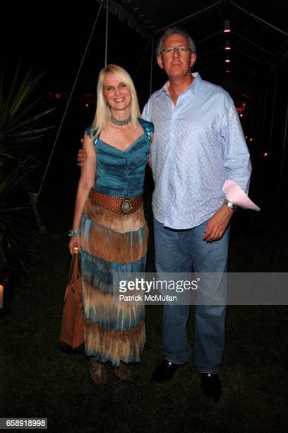 Sara HerbertGalloway and Barry Klarberg attend BEST BUDDIES Hamptons Gala at Home of Anne Hearst McInerney and Jay McInerney on August 21 2009 in...