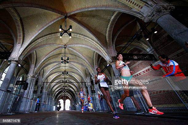 Sara Moreira of Portugal leads in the Half Marathon Women from Veronica Inglese of Italy Esma Aydemir of Turkey on day 5 of the 23rd European...