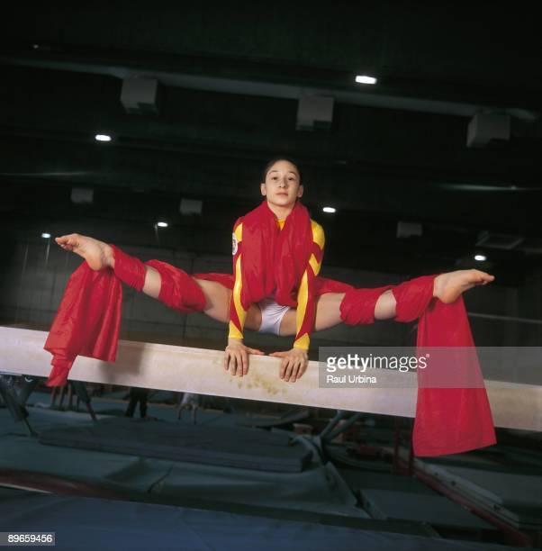 Sara Moro gymnast On a fixed bar