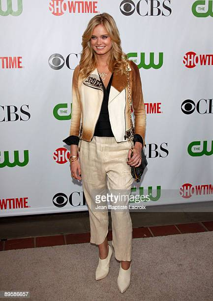 Sara Paxton arrives at the 2009 TCA Summer Tour CBS CW and Showtime AllStar Party at the Huntington Library on August 3 2009 in Pasadena California