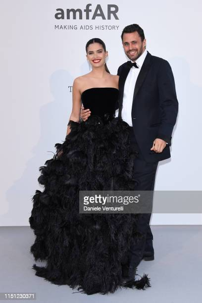 Sara Sampaio and Oliver Ripley attend the amfAR Cannes Gala 2019 at Hotel du Cap-Eden-Roc on May 23, 2019 in Cap d'Antibes, France.