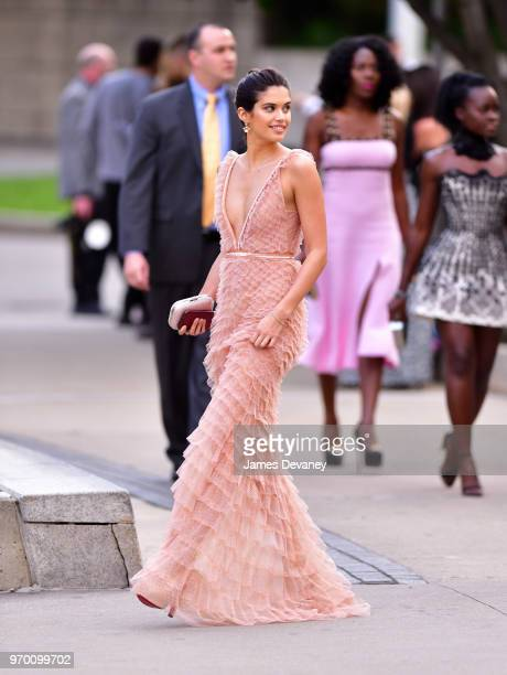 Sara Sampaio arrives to the 2018 CFDA Fashion Awards at Brooklyn Museum on June 4 2018 in New York City